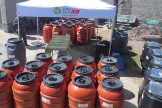Barils récupérateurs d'eau de pluie et composteurs domestiques