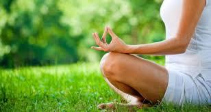 Participez à l'activité de yoga extérieur!